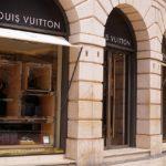 シュプリームとルイヴィトンのクールなコラボ!今通販で手に入るLouis Vuitton×Supremeの人気コラボ商品